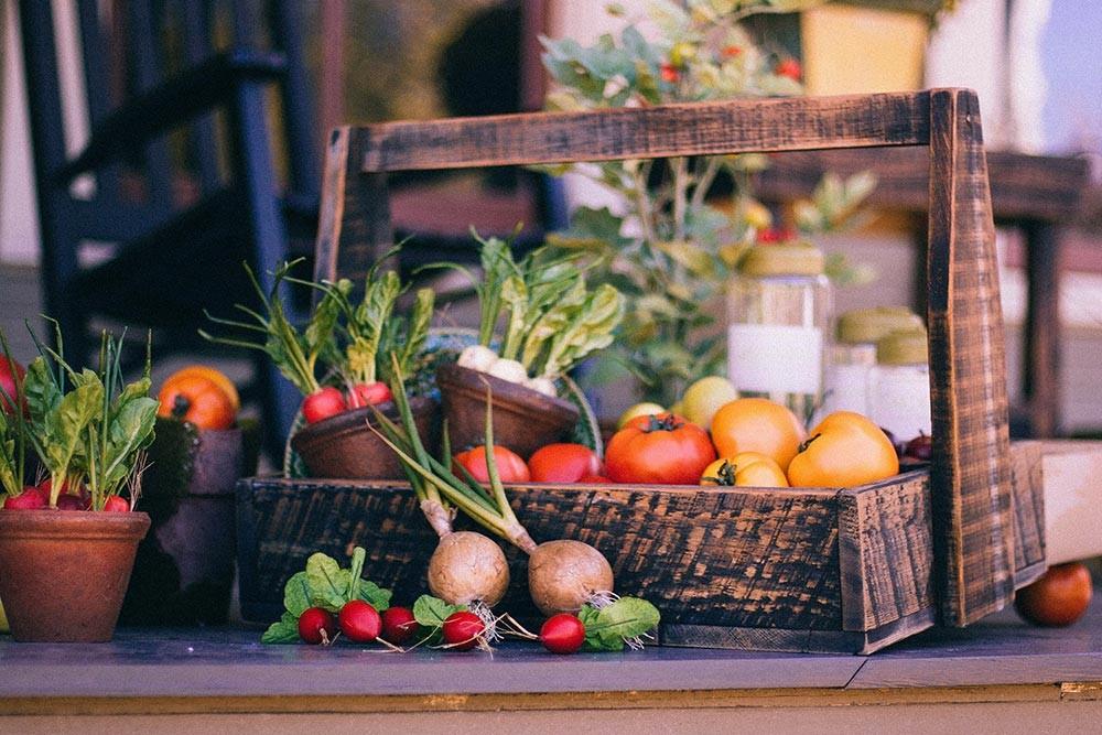 Obst und Gemüse direkt vom Hersteller zu uns in den Laden - DeSpar Pricher - Sand in Taufers